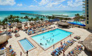 newport-beach-pool